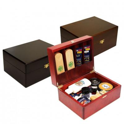 Шкатулка деревянная с набором обувной косметики SAPHIR для гладкой кожи